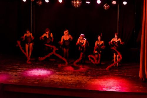 Burlesque love - group act